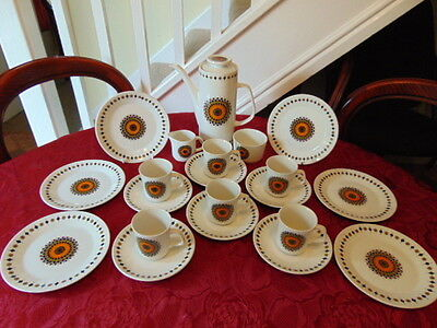 J & G Meakin Inca Coffee Set (21 Pieces) In Good Condition