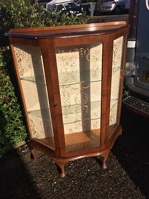 vintage display cabinet & Key