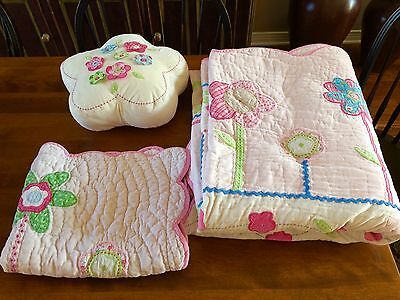 POTTERY BARN KIDS Twin SCALLOPED Floral Pink RIBBONS RIC-RAC Detail VELVET Quilt