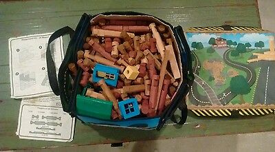 Lincoln Log Lot w/ carrying case