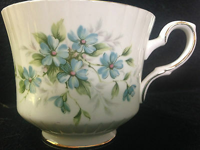 1 X ROYAL STANDARD Bone China Coquette Blue Floral Tea Cup, Immaculate
