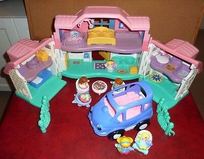 Fisher Price Little People Sweet Sounds Doll House & Figures & Furniture & Car