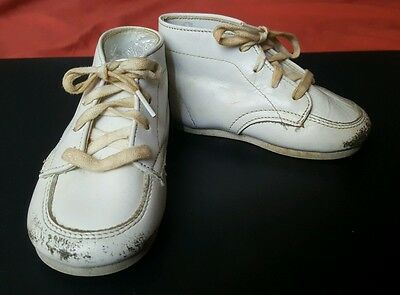 Vtg Baby Toddler White LEATHER Hightop Walking SHOES w Laces 40s 50s Victorian