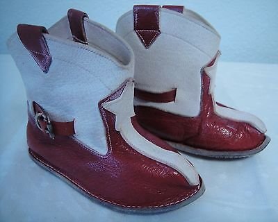 Adorable Vintage Red & White Leather Cowboy Boot Baby Booties Size2