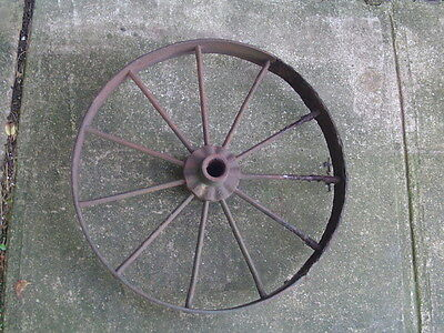 Vintage Cast Iron WAGON WHEEL 22 inch 31# antique 11 spoke farm