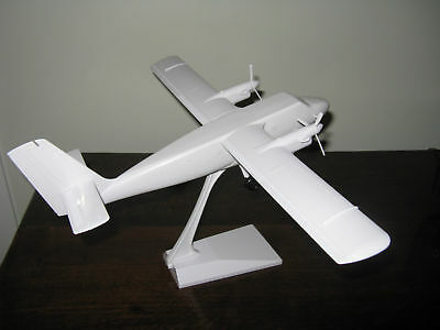 ( Lot Of 2 ) D/h  1/48Th Twin Otter With Wheels  Decals Not Included.