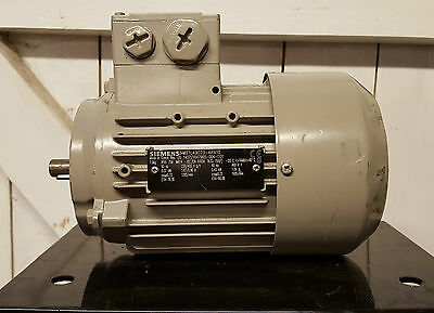 Siemens 0.37 KW / 0.5 HP (230V / 400V), Face Mounted, B14 Electric Motor