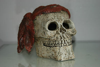 Aquarium Detailed Large Pirate Skull With Scarf  Decoration 19 x 19 x 16 cms