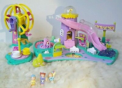 Polly Pocket vintage Bluebird Parc d'attraction Roue Tasses + 3 personnages