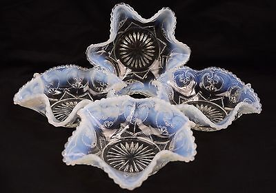 Set of 4 Vintage Dugan White Opalescent Glass Jeweled Heart Berry Fruit Bowls