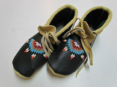 Native American Beaded Soft Black Leather Moccasins 9 1/2 In - With Laces