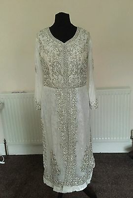 Brand new white and silver indian/pakistani sparkly salwar kameez. Weddings/eid