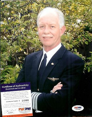 """Chesley """"Sully"""" Sullenberger Hand Signed 8x10 Photo PSA/DNA Miracle On Hudson"""