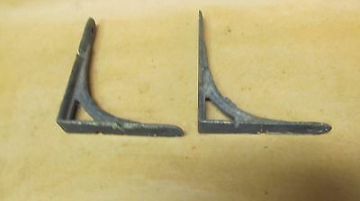 2 Vintage Metal  Brackets 4  X5 great condition