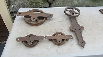 Lot of 4  Vintage  Working Barn Pulleys