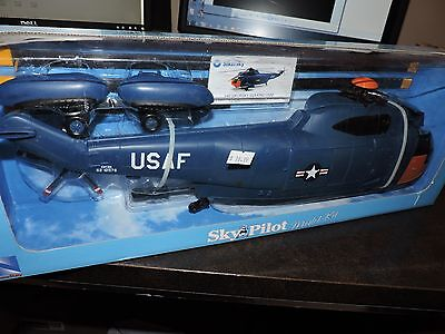 NEWRAY 1/40th SCALE SIKORSKY SEA KING HELICOPTER  U.S A.F  PRE BUILT # 61465