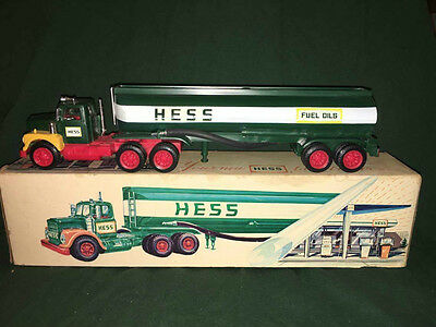 1974 Hess Tanker Truck, All lights work, rare, vintage, collectible, Marx Toys!