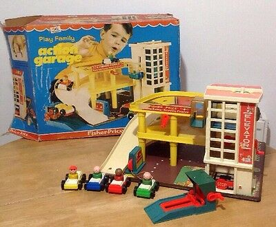 Vintage 1970 Fisher Price Garage With Four Cars & Ramp Complete With Box ��