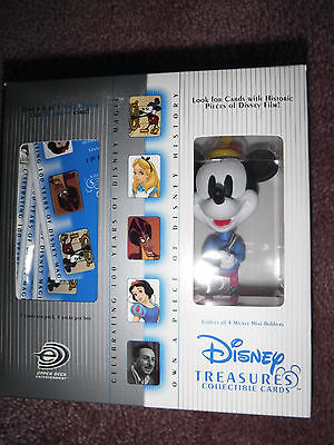 Disney Treasures- Mickey the Tailor Mini-Bobber & Collectible Cards - Upper Deck