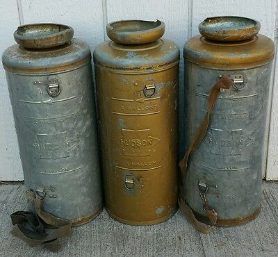 Vintage Hudson 2 Gallon Metal Container Garden/Lawn Sprayer Lot Of 3/No Pumps