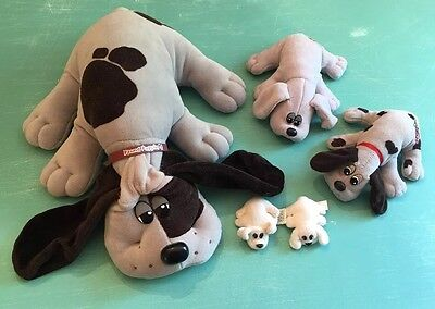 Vintage Pound Puppies Lot Of 5 - 1 Large, 2 Medium & 2 Tiny Dogs (BinF)