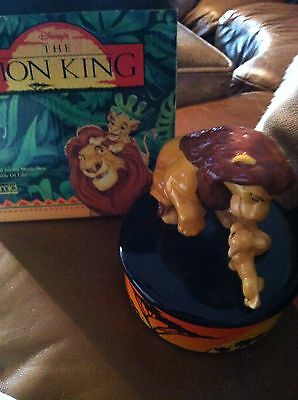 Disneys The Lion King Music Box Circle of Life 1994 New In Box