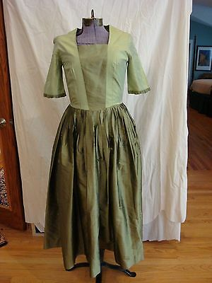 18th Century Formal Dress Mid Calf to Floor Length Size Small Handmade