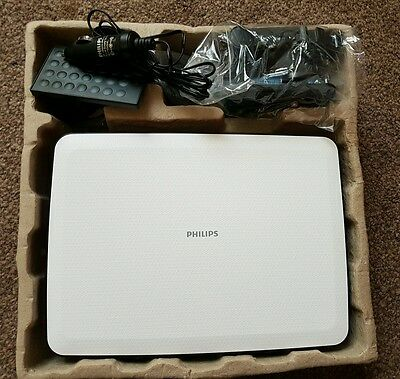 """Philips PD9030/05 9"""" Portable DVD Player with Car Mount"""