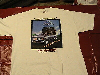 Willie Nelson & Family Authentic July 4, 1997 Luckenbach Picnic Tee Shirt