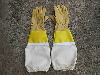 1 Beekeeper,s  Premier leather gloves,