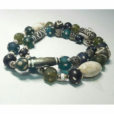 Beautifull Authentic African/islamic  Glass Silver Beads