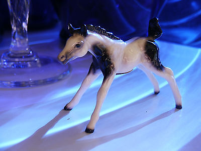 miniature Hagen Renaker figurine horse tobiano pony paint pinto foal colt filly