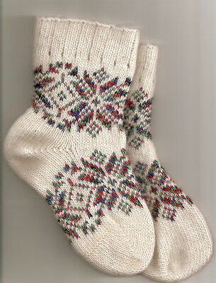 Festive Snow Flakes 100% Wool Children's Kids White Winter Super Warm Socks NEW