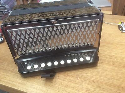 HOHNER ACCORDIAN 4 BASS BUTTON CIRCA 1940's VINTAGE RETRO OLD MADE IN GERMANY