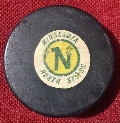 Minnesota North Stars Game Puck 1977-1983 NHL Viceroy Rubber Crested