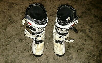 Kid's Alpinestars Tech3 motocross boots size 3
