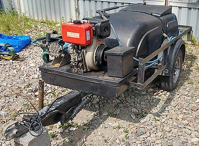 Trailer mounted 1000L water bowser and pressure washer