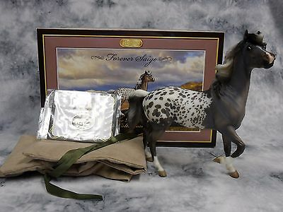 Breyer * Forever Saige * 90175 Premier Club Mustang Mare Traditional Model Horse