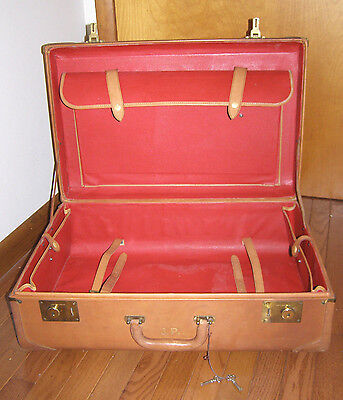 True Vintage Red Leather Lined+Tan Saddle Leather Large Luggage Suitcase+2 Keys