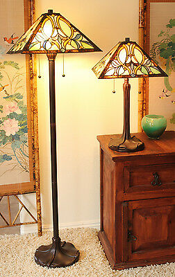 """Tiffany Style Floral Motif Table and Floor Lamp Set 16"""" Shade"""
