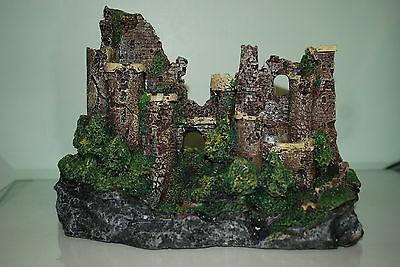 Stunning Detailed Aquarium Rustic Castle Ruin Decoration 29 x 14 x 20 cms