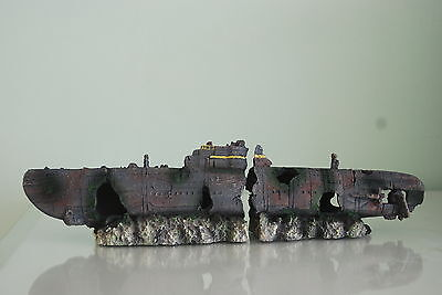 Aquarium Sunken Yankee Sub  Boat Two Halfs Medium size 40 x 10 x 7 cms