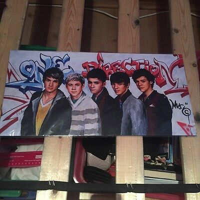 One Direction Painted Wall Photo And Gift Bag