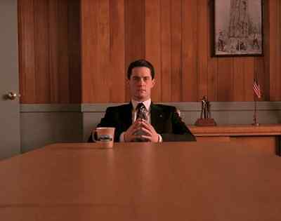 Kyle MacLachlan Twin Peaks 'Dale Cooper' 8x10 Photo Type A
