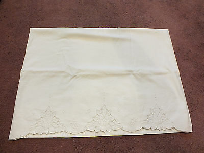Collectible Pillowcase Machine Embroider in White Floral 30 x 21 NICE
