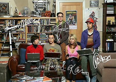 Script  / Screenplay  The Big Bang Theory  Pilot   *signed Cover