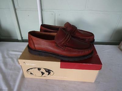 Mens Hush Puppies  Leather Slip On's Size 8½ brown