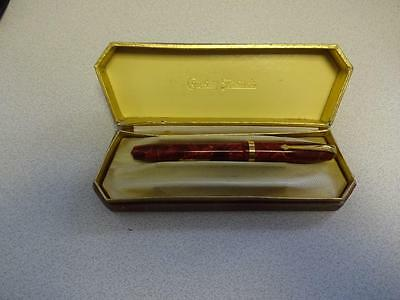 Vintage Conway Stewart 84 Red With Gold Crack Fountain Pen 14k Gold Nib