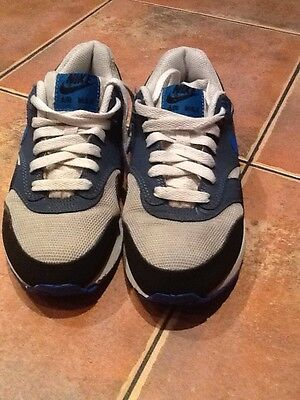 Girls Nike Air Max Trainers Size 3.5 • EUR 21,88