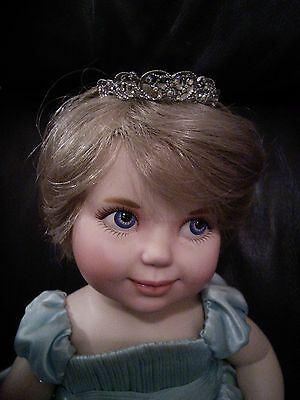 Franklin mint Baby Diana Princess of Wales doll, porcelain